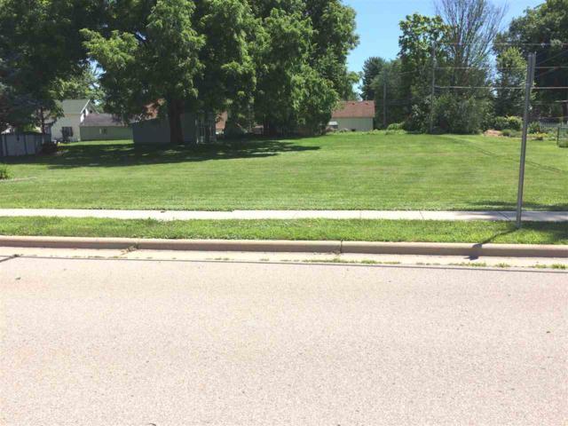 L2 S South Prairie St, Deerfield, WI 53531 (#1836093) :: HomeTeam4u