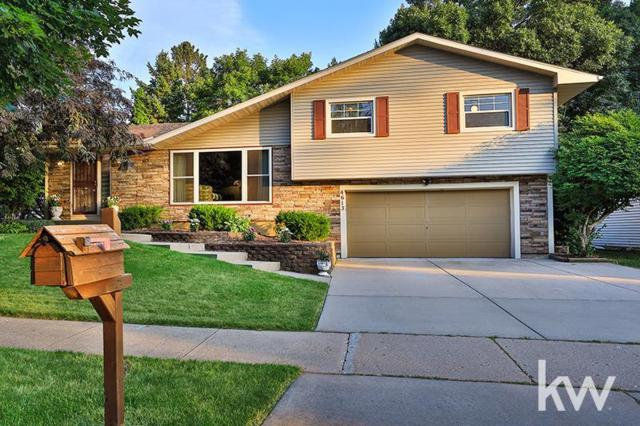 4613 Anniversary Ln, Madison, WI 53704 (MLS #1836955) :: Key Realty