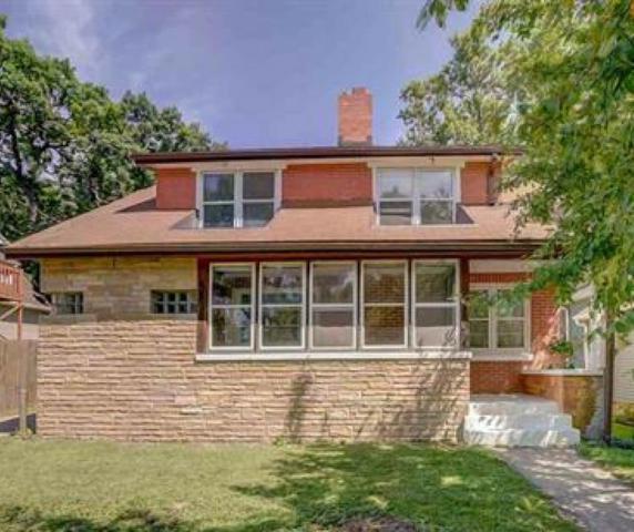 610 Pine St, Madison, WI 53715 (#1837308) :: Nicole Charles & Associates, Inc.