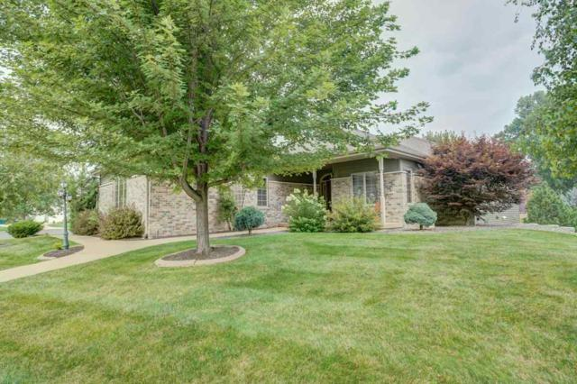 712 Weald Bridge Rd, Cottage Grove, WI 53527 (#1838703) :: Nicole Charles & Associates, Inc.