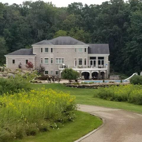 7788 Noll Valley Rd, Middleton, WI 53593 (#1839372) :: Nicole Charles & Associates, Inc.
