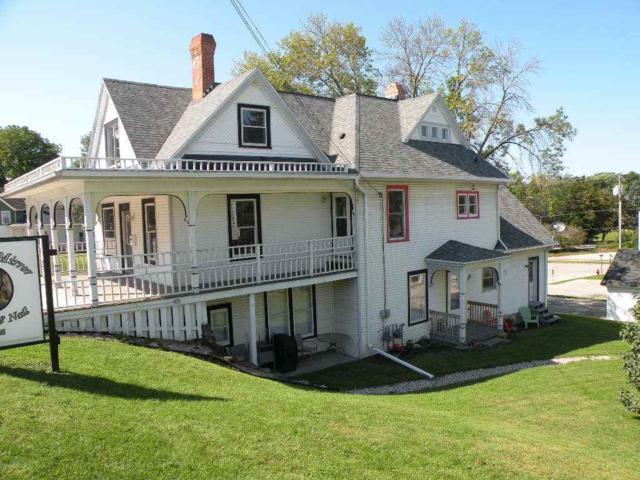 124 W Jackson St, Ripon, WI 54971 (#1841137) :: Nicole Charles & Associates, Inc.