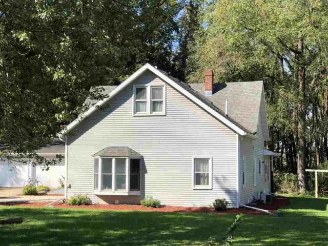 2687 Fitchrona Rd, Verona, WI 53719 (#1841872) :: Nicole Charles & Associates, Inc.