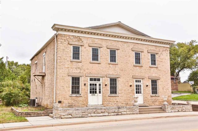 1909 Main St, Cross Plains, WI 53528 (#1842613) :: HomeTeam4u