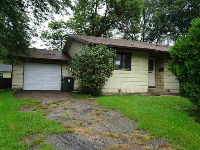 914 Pine St, Sun Prairie, WI 53590 (#1842873) :: Nicole Charles & Associates, Inc.