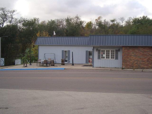 527 Canal St, Bloomington, WI 53804 (#1843367) :: Nicole Charles & Associates, Inc.