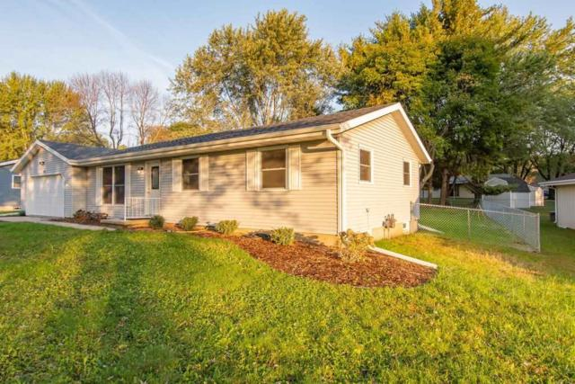1402 Johnson St, Stoughton, WI 53589 (#1843744) :: HomeTeam4u