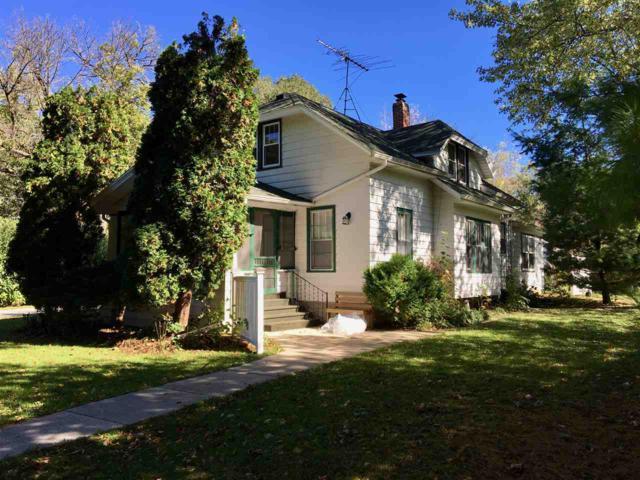 205 Lawn St, Cambridge, WI 53523 (#1843830) :: HomeTeam4u