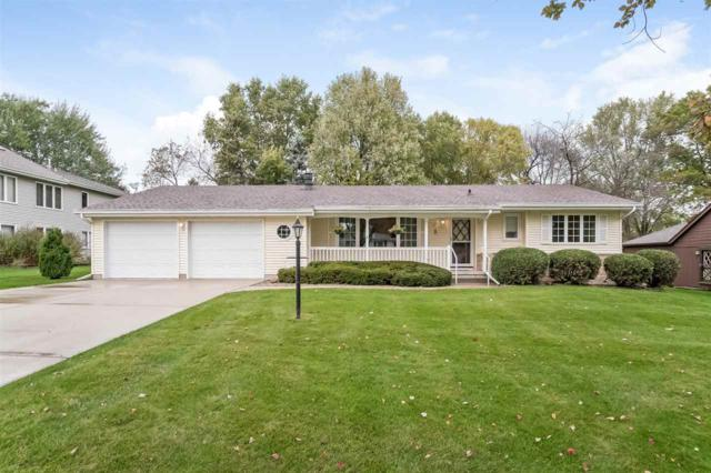 940 Eisenhower Rd, Stoughton, WI 53589 (#1843899) :: HomeTeam4u