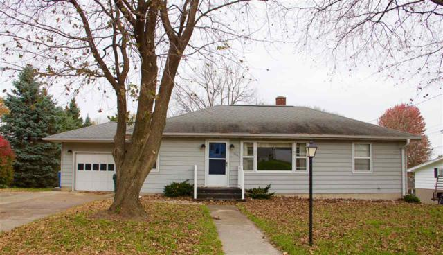 219 W Haertel St, Portage, WI 53901 (#1844018) :: Nicole Charles & Associates, Inc.