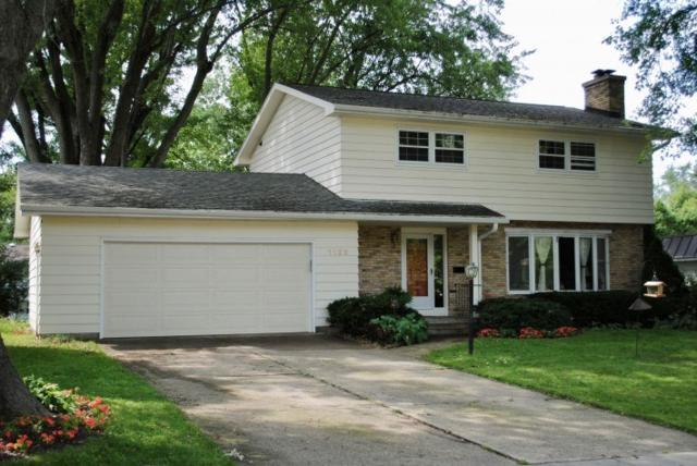 1122 Frisch Rd, Madison, WI 53711 (#1844107) :: Nicole Charles & Associates, Inc.