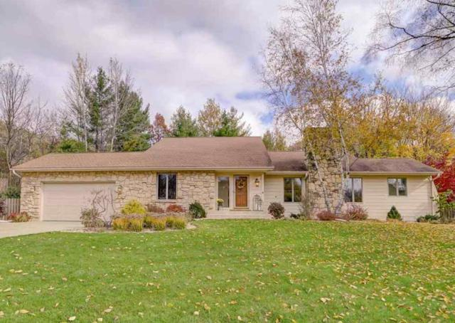 2962 Green Crest Ct, Fitchburg, WI 53711 (#1844247) :: Nicole Charles & Associates, Inc.