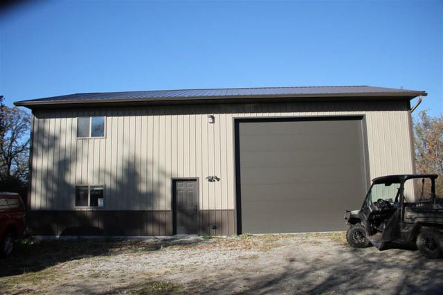 9006 W Forest Ave, Rosendale, WI 54932 (#1844283) :: HomeTeam4u