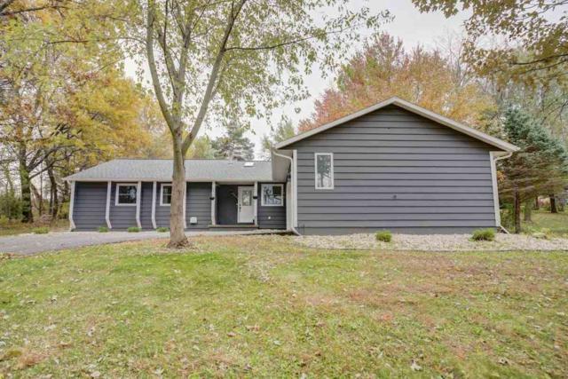 8691 Plainfield Rd, Middleton, WI 53562 (#1844361) :: Nicole Charles & Associates, Inc.