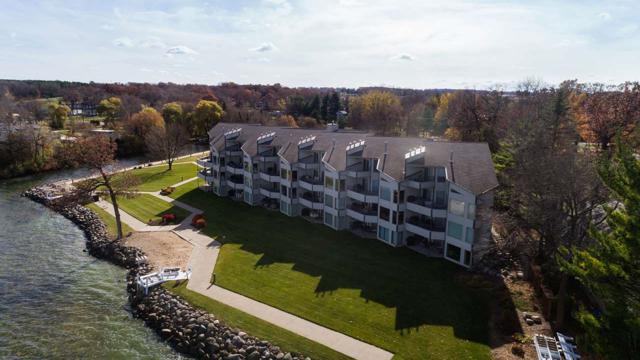 W1400 Spring Grove Rd, Green Lake, WI 54941 (#1845104) :: Nicole Charles & Associates, Inc.