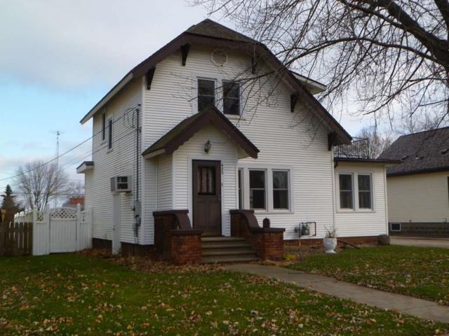 423 S Watertown St, Waupun, WI 53963 (#1845162) :: Nicole Charles & Associates, Inc.