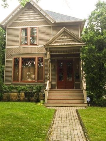 817 E Milwaukee St, Janesville, WI 53545 (#1845375) :: Nicole Charles & Associates, Inc.