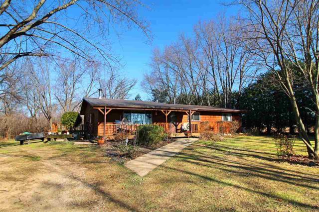 2826 W Miles Rd, Fulton, WI 53545 (#1845507) :: Nicole Charles & Associates, Inc.