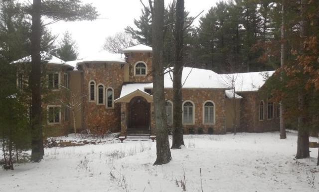 1515 Deer Run Ridge, Wisconsin Dells, WI 53965 (#1846475) :: HomeTeam4u