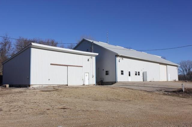 900 Valley Rd, Platteville, WI 53818 (#1847012) :: HomeTeam4u
