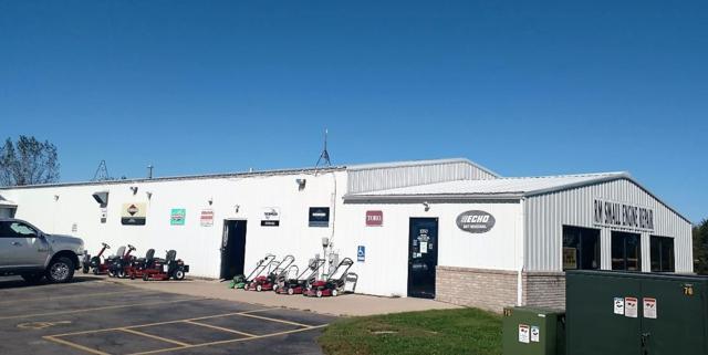 1250 Farmco Ln, Fort Atkinson, WI 53538 (#1847622) :: Nicole Charles & Associates, Inc.