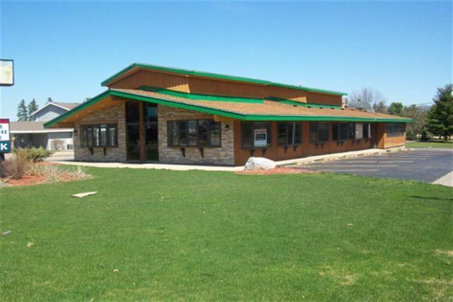 1010 Wisconsin Dells Pky, Lake Delton, WI 53965 (#1847689) :: HomeTeam4u