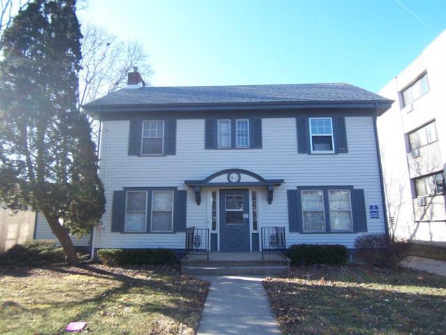 910 Park Ave, Beloit, WI 53511 (#1847944) :: Nicole Charles & Associates, Inc.