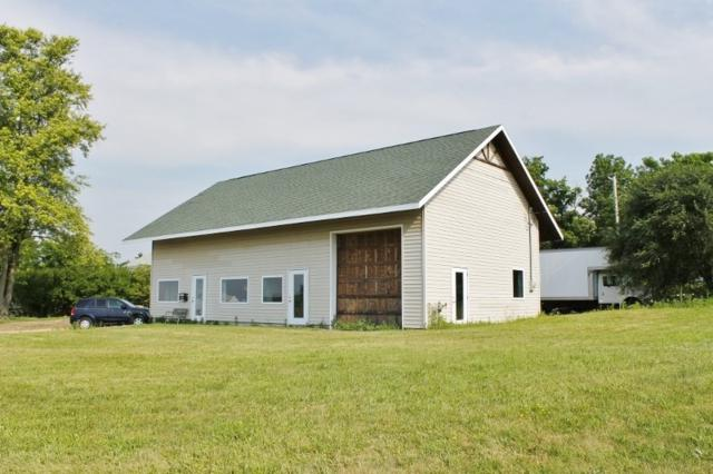 10940 County Road Id, Blue Mounds, WI 53517 (#1848104) :: Nicole Charles & Associates, Inc.