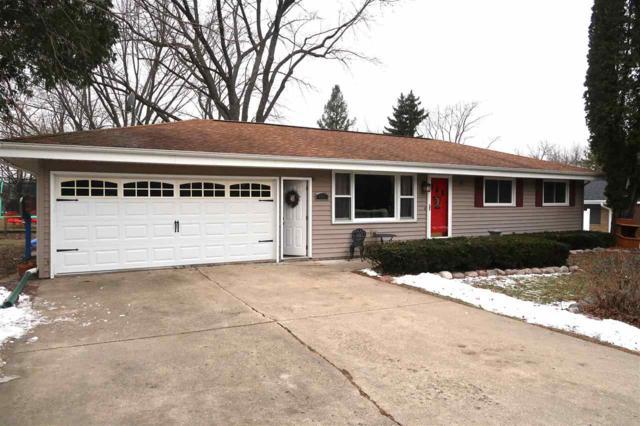 425 Eaton St, Green Lake, WI 54941 (#1848117) :: Nicole Charles & Associates, Inc.