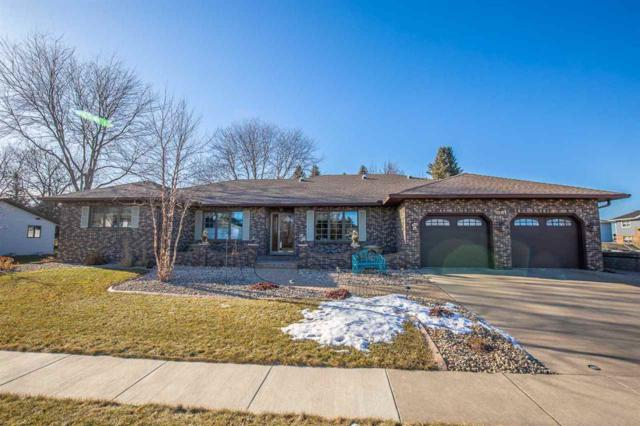 1001 S Holiday Dr, Waunakee, WI 53597 (#1848613) :: Nicole Charles & Associates, Inc.
