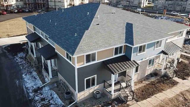 1325 Bunker Hill Dr, Sun Prairie, WI 53590 (#1848731) :: Nicole Charles & Associates, Inc.