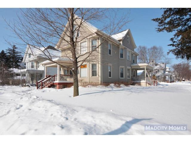 1024 E Main St, Stoughton, WI 53589 (#1849356) :: Nicole Charles & Associates, Inc.