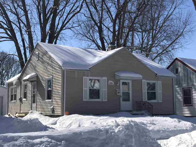 2529 Dahle, Madison, WI 53704 (#1850144) :: Nicole Charles & Associates, Inc.