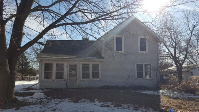 112 Grove Ave, Elroy, WI 53929 (#1851730) :: Nicole Charles & Associates, Inc.