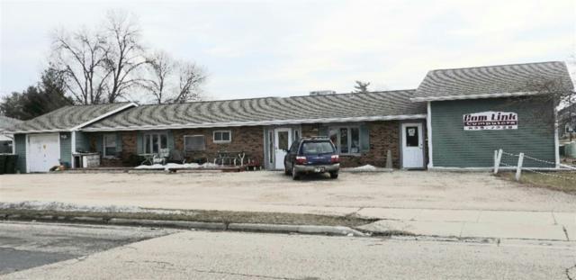 1532 W Main St, Sun Prairie, WI 53590 (#1852476) :: Nicole Charles & Associates, Inc.