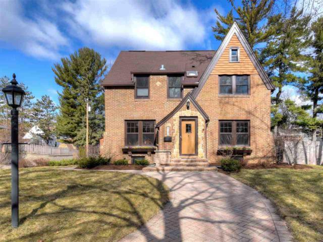 4142 Nakoma Rd, Madison, WI 53711 (#1853220) :: Nicole Charles & Associates, Inc.