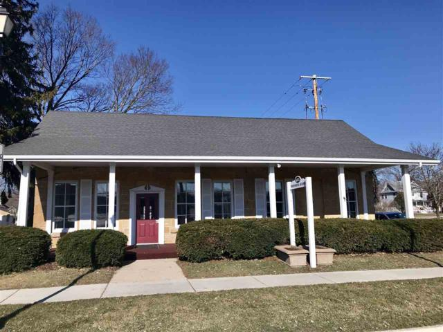 603 Water St, Sauk City, WI 53583 (#1853863) :: Nicole Charles & Associates, Inc.