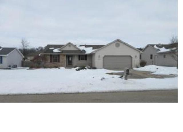 3885 Canvasback Dr, Janesville, WI 53546 (#1853941) :: Nicole Charles & Associates, Inc.