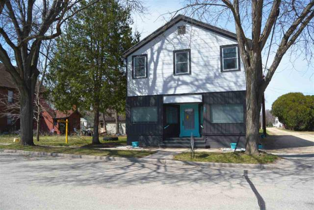 325 E Monroe St, Spring Green, WI 53588 (#1854581) :: Nicole Charles & Associates, Inc.