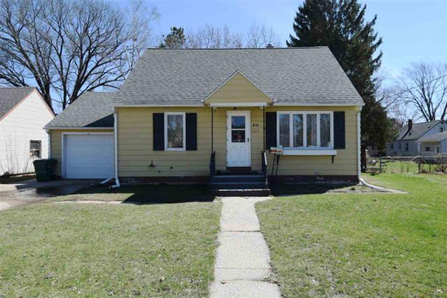 516 N Willow St., Reedsburg, WI 53959 (#1854820) :: Nicole Charles & Associates, Inc.