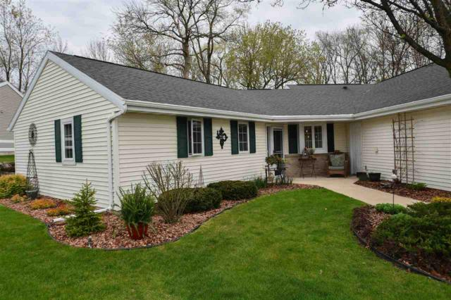 113 Buckingham Ct, Cambridge, WI 53523 (#1856806) :: Nicole Charles & Associates, Inc.