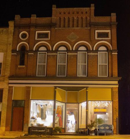 129 N Monroe St, Waterloo, WI 53594 (#1857062) :: Nicole Charles & Associates, Inc.