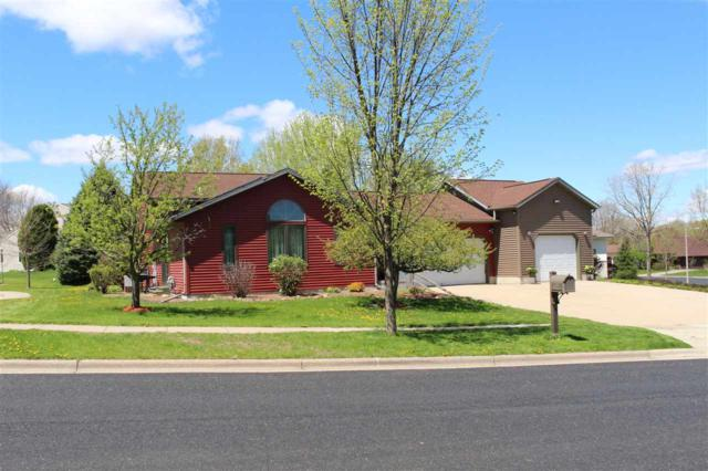 7000 Companion Ln, Middleton, WI 53562 (#1857331) :: Nicole Charles & Associates, Inc.