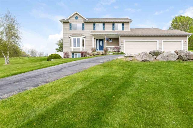 3676 Saddle Ridge Rd, Deerfield, WI 53531 (#1857338) :: Nicole Charles & Associates, Inc.