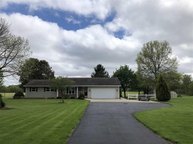 W8985 County Road B, Lake Mills, WI 53551 (#1857844) :: Nicole Charles & Associates, Inc.