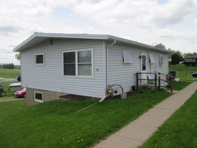 340/342 Center St, Dickeyville, WI 53808 (#1857960) :: Nicole Charles & Associates, Inc.