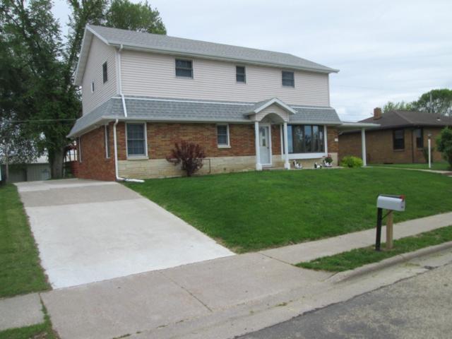 260 2nd St, Dickeyville, WI 53508 (#1858016) :: HomeTeam4u