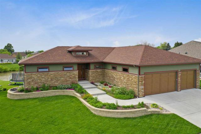 1112 N Division St, Waunakee, WI 53597 (#1859432) :: Nicole Charles & Associates, Inc.