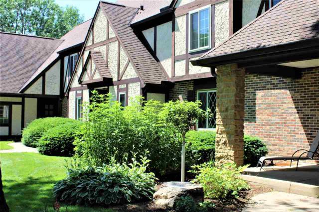 4 Golf Course Rd, Madison, WI 53704 (#1859747) :: Nicole Charles & Associates, Inc.