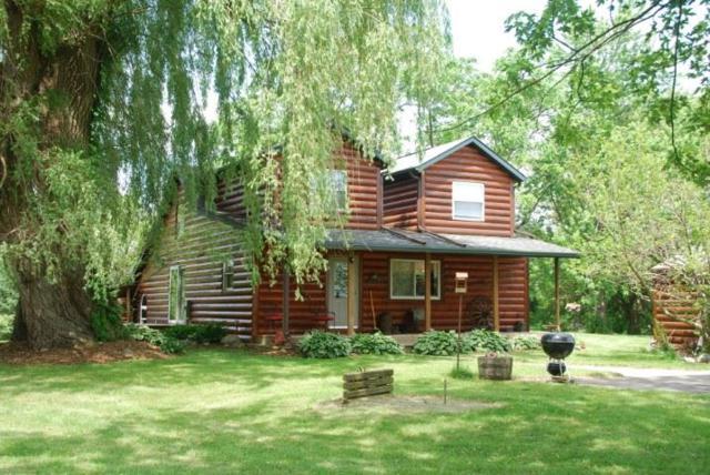 3781 N Fair Oak Rd, Deerfield, WI 53531 (#1860321) :: HomeTeam4u